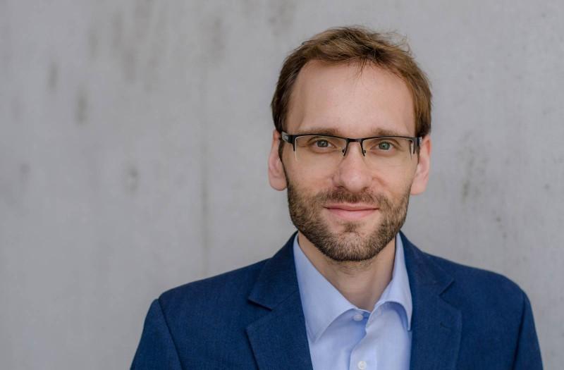 Felix modernes Bewerbungsfoto Management